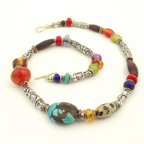 Special gemstone necklace